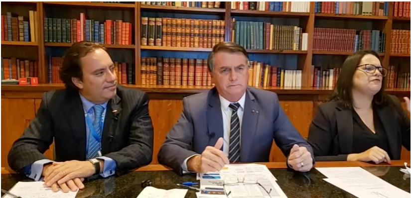 """Bolsonaro faz a mais clara ameaça de golpe: """"se não tiver voto impresso, não vai ter eleição"""""""